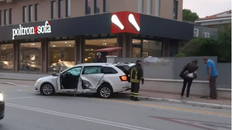 incidente pesaro